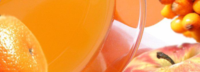 Heißer Sanddorn-Orangen-Apfelsaft