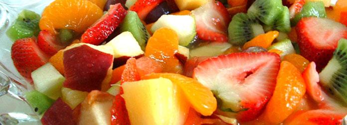 Doppelt fruchtig:<br> Obstsalat mit Sanddorn-Rapsöl